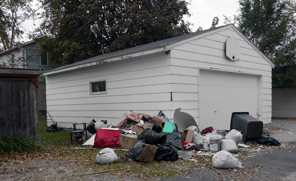 Trash-pile-1080055-email