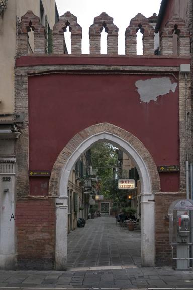 Hotels Guerini e Rossi 1310998 FB