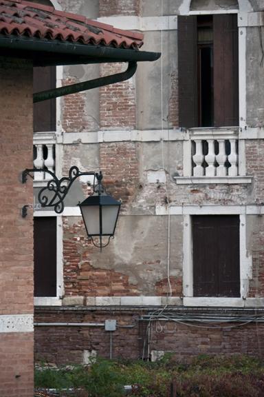 Venice window 1310622 FB