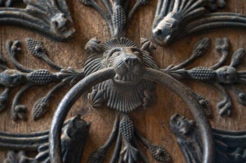 Notre Dame door detail 1010320 BLOG