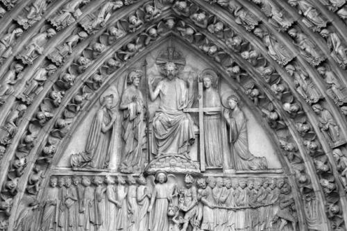 Notre Dame facade 1010311 WES