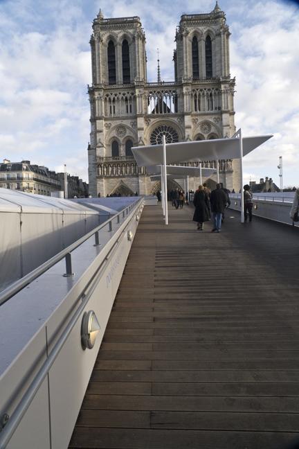 Notre Dame facade monstrosity 1010740 BLOG