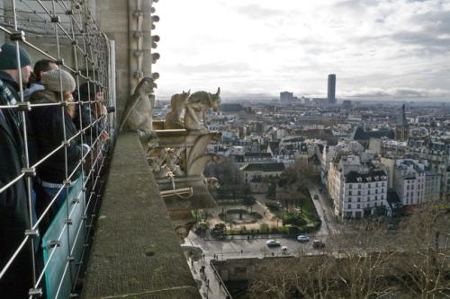 Notre Dame gargoyle top 1010583 BLOG