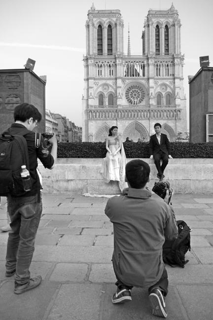 Notre Dame wedding 1120265 DES