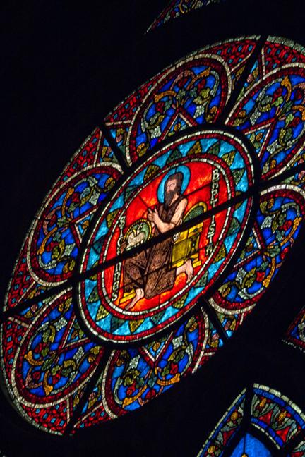Notre Dame window 1010413 BLOG