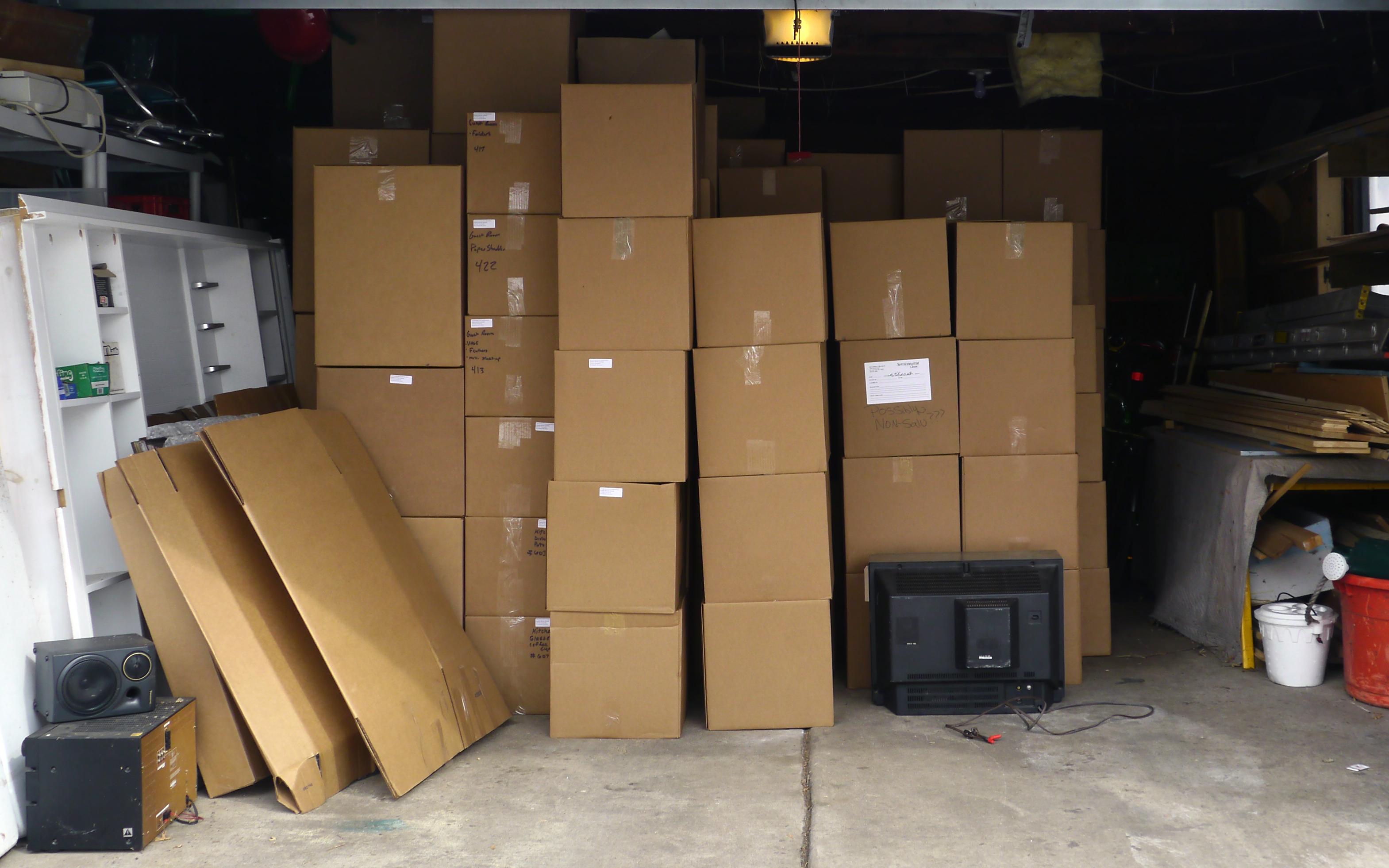 About box free family for 4 box garage