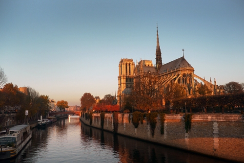 Notre Dame sunrise 1200099 EARLY BLOG