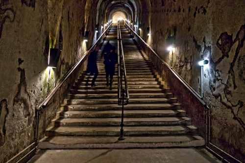 Pommery stairs 1020272 CX BLOG