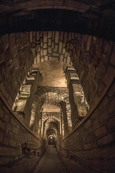Catacombs arch fontis 1080033 BLOG