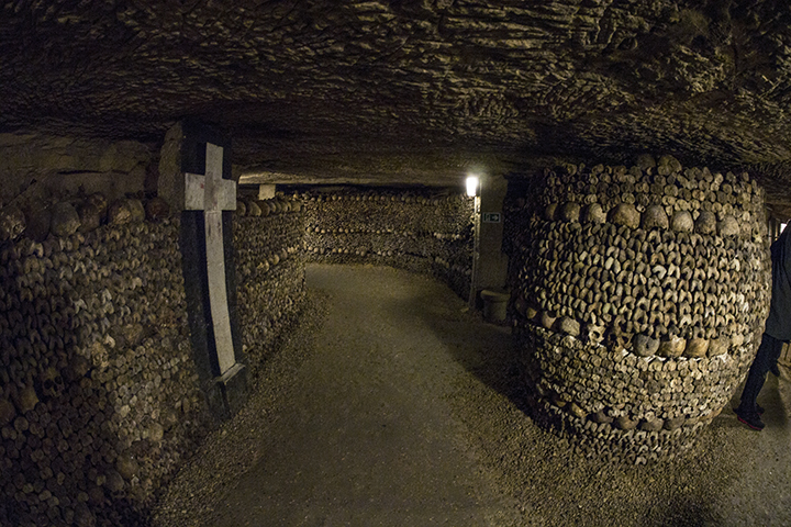 Catacombs pathway 1080119 BLOG