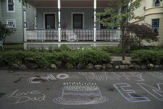Sidewalk chalk 1150388 BLOG