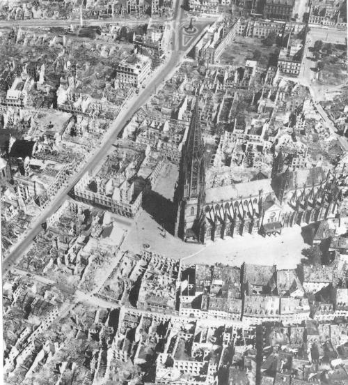 Luftbild_Freiburg_1944