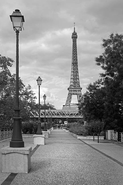 Eiffel on a bridge 1050302 BLOG