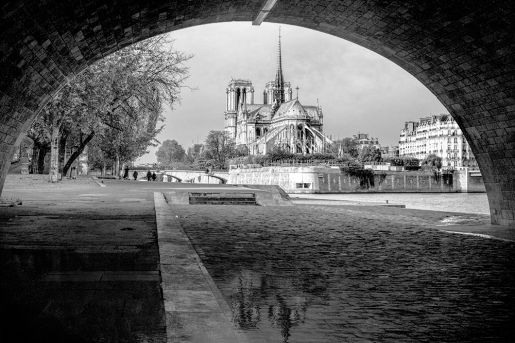 Notre Dame 1230724 BW