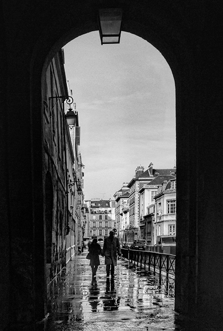 Place des vosges in the rain BW CL BLOG