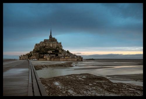 Mont St Michel blue 1490569 CL CX BLOG