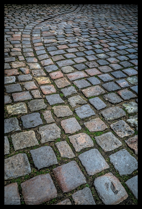 Cobbles Carnavalet 1070869 CL BLOG