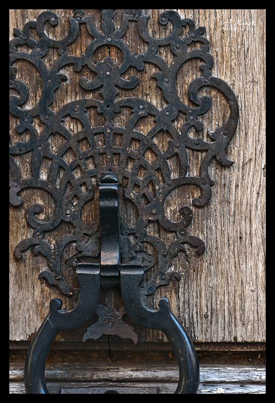 Vosges doorknocker 1300449 BLOG