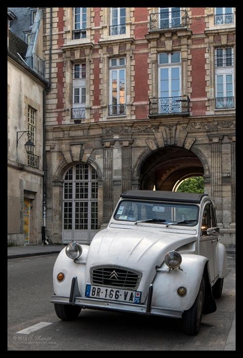 Vosges Paris 1750807 CL BLOG