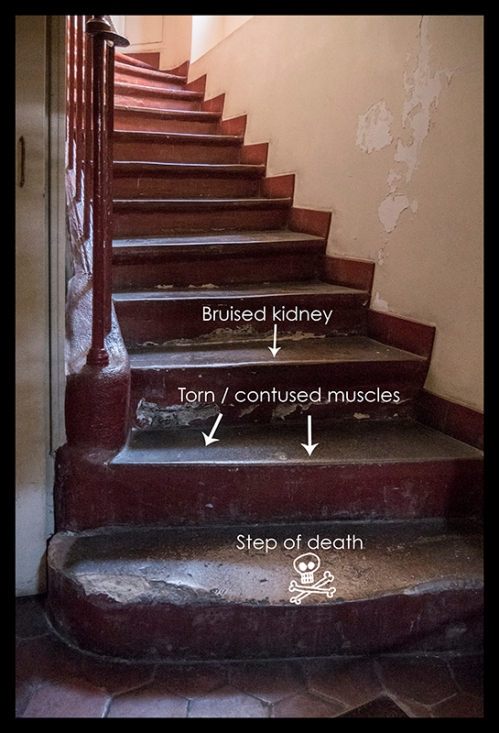 Apartment steps 1090994 BLOG