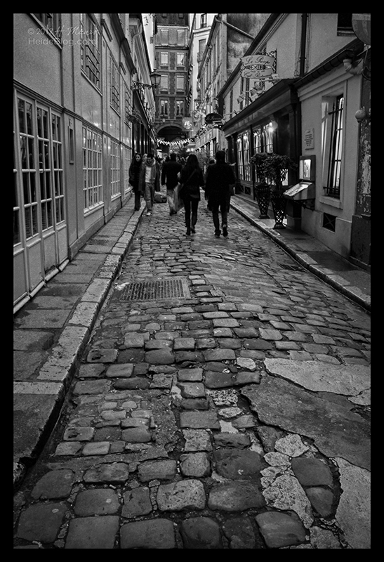 Cobbled street BW BLOG