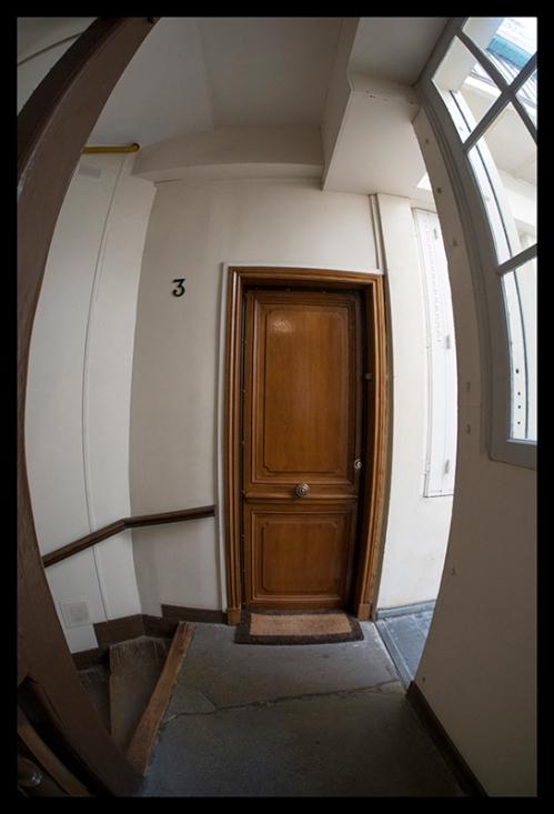 Apartment door 1400678 BLOG
