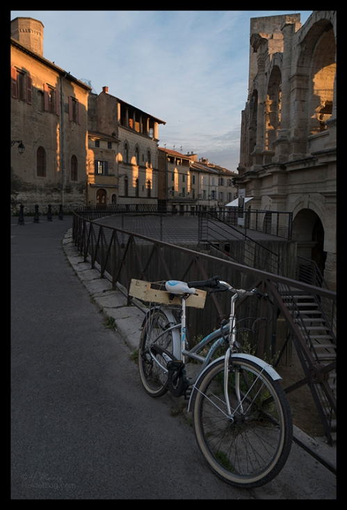 Colosseum with bike 1700709 BLOG