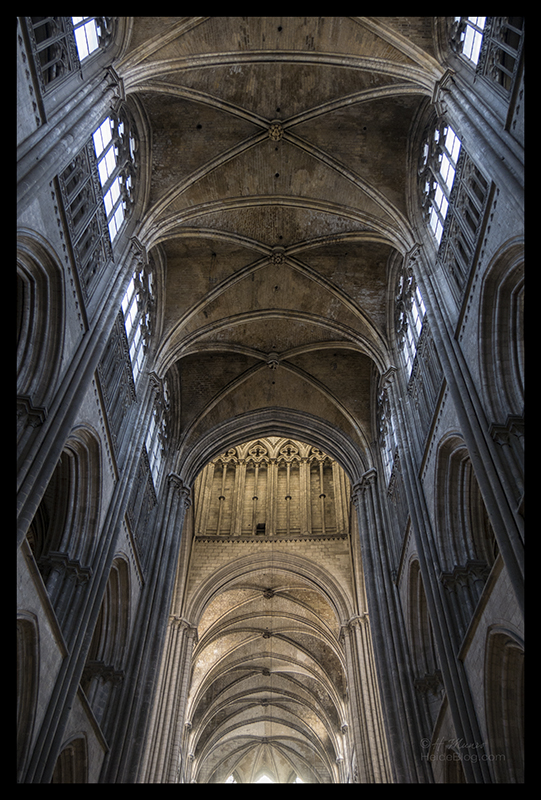 Rouen cathedral vaulting 1520257 BLOG
