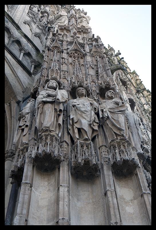 Rouen statuary 1520143 BLOG