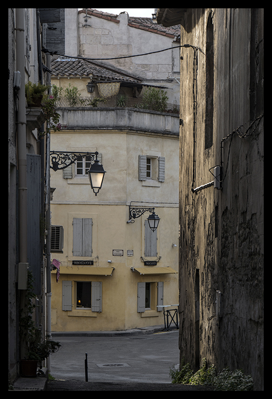 Street scene 1700032 CX BLOG