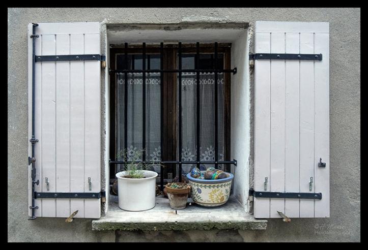 Window detail 1710595 BLOG