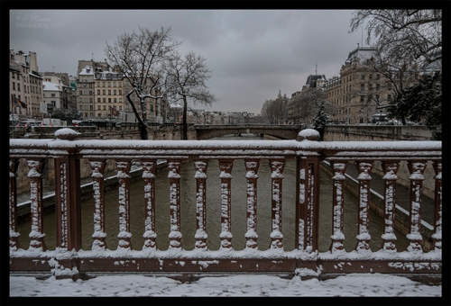 Petit Pont snow 1180230 BLOG