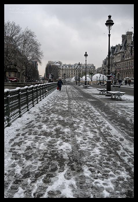 Pont d'Arcole snow 1180310 BLOG
