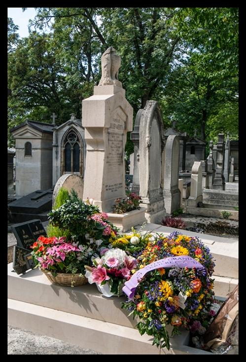 Flowers Père Lachaise 1370862 BLOG