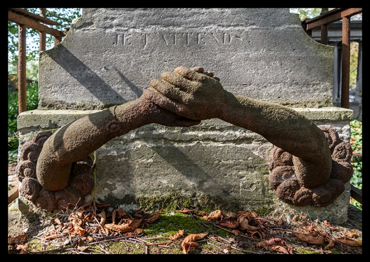 Grave Père Lachaise 1370593 BLOG