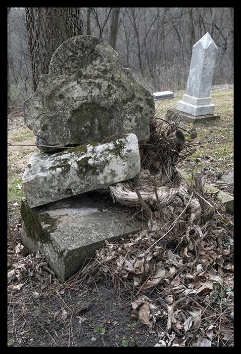 Frontenac gravestone 1400308 BLOG